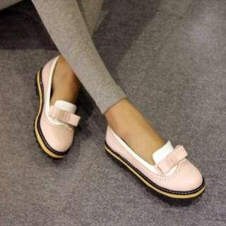 Pink leather shoes TJ Collection