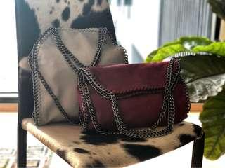 Two ways chained bag in Maroon/Grey