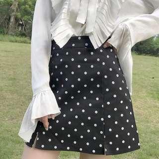 (Pre-order) Dot short skirt