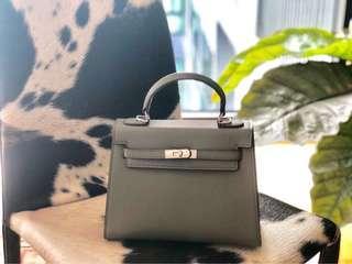 Plain Grace handbag/slingbag in Green (Small Size)