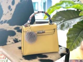 Plain Grace handbag/slingbag in Yellow (Bug Size)