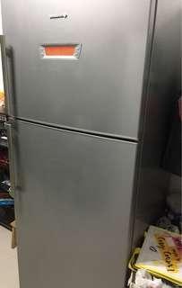 De Dietrich 2 door fridge for sale