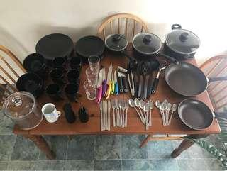 KITCHEN SET & STUFF!