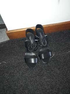Tie up marble heels