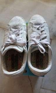 Skechers white shoes