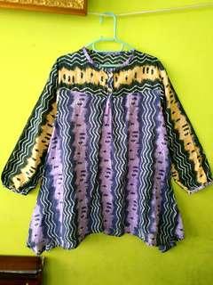 Top batik ungu