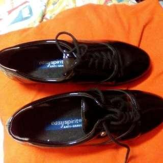 Imported Ladies Easy Spirit Oxford Black Shoes With Strings