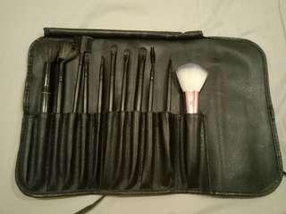 SALE! Makeup brush set
