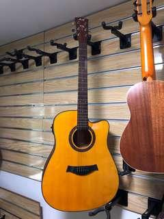 Solid TOP electric acoustic guitar