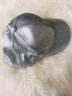 H&M baseball cap glitter