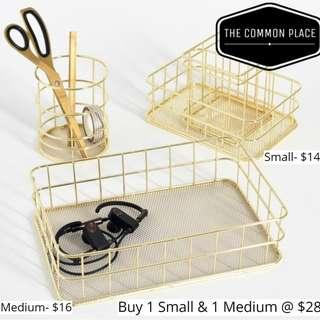 INSTOCK Vintage Gold Metal Wire Basket Home Decor Tray