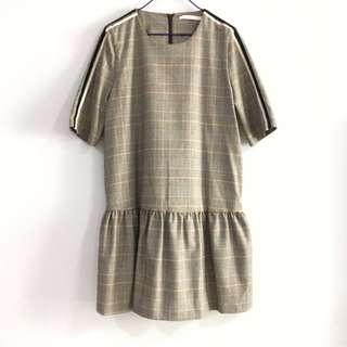 🚚 BN Zara Trafaluc Plaid Dress with Striped Detail