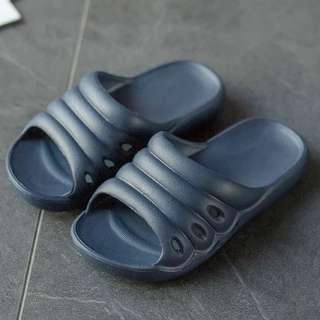 🚚 兒童拖鞋夏男女童室內拖浴室拖軟底防滑