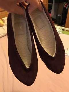 🚚 《全新》正韓內鋪棉酒紅平底娃娃鞋