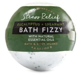 Bath and Body Works Aromatherapy EUCALYPTUS & SPEARMINT Bath Fizzy
