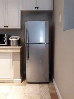 LG Auto Defrost 2 Door Refrigerator complete with manual