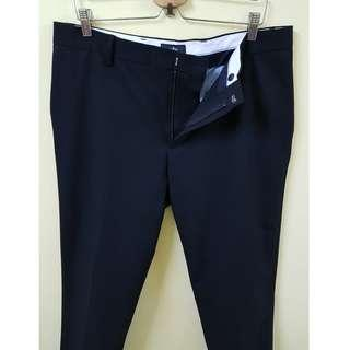 W36 DOCKERS Stretchable Slack Pants. (Original)