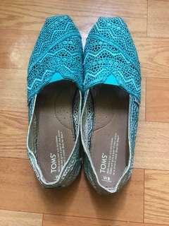 🚚 Toms漸層水藍、高雄新光三月2000多購入.二手商品便宜賣