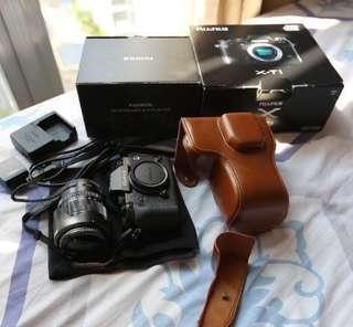 Selling my XT-1 Mirrorless! (Free Camera Case, Strap, Memory Card, Extra Battery and many more!!!)