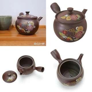 Hello Kitty Yokkaichi Teapot
