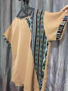 Top brown batik