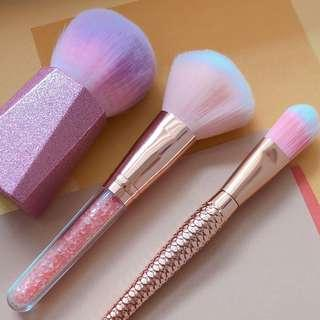 SALE!!! Brand new face brushes!💯