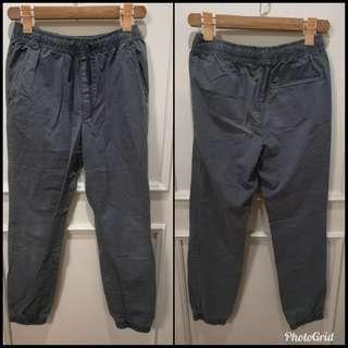 Old navy pants for teens