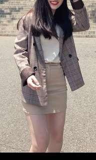 🚚 韓國帶回✈️米色短裙