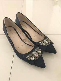 Redherring Pointed Black Shoes