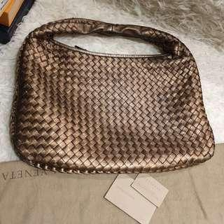 PRELOVED BOTTEGA VENETA HOBO BAG METALLIC (DB & CARDS)