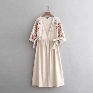 Zara Embroidery Sleeves Dress Size S