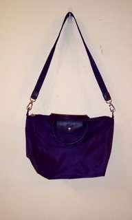法國Longchamp 附背帶 水餃包 側背包 斜背包 紫色