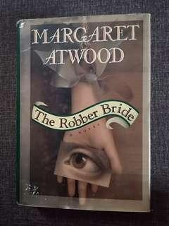 The Robber Bride by margaret atwood (HC)