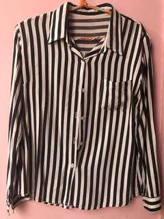 Top Stripe Shirt Hitam Putih