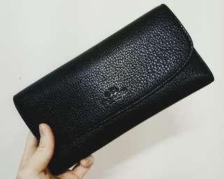 🚚 二手 COACH經典荔枝紋皮革壓印LOGO三折長夾-含一鈔票夾(黑)