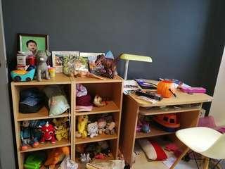 2 shelf and 1 study table