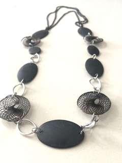 Modist Women's Necklace