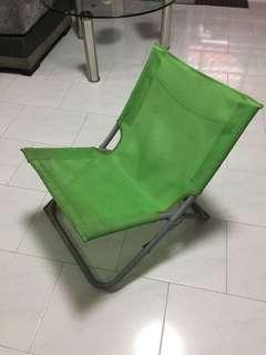 Free Foldable Green Canvas Chair