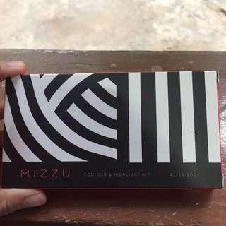 mizzu contour & highlighter kit