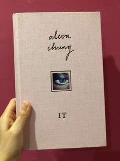 Alexa Chung It #DeclutterWithJohanis