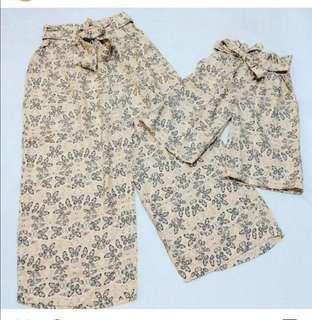 Twinning Pants (Mom & Daughter)