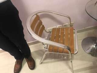 免費送 Free 餐凳 扶手椅兩把