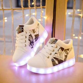 [NEW] [PO] PROMOTION FOR MONTH OF NOV !! RECHARGERABLE LED SHOES FOR 2-14 YEAR OLD KIDS !! SIZE 25-35!!