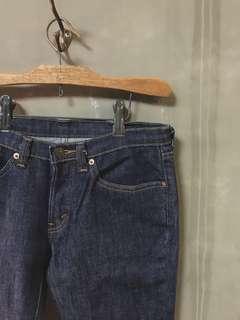 🚚 Levi's 二手女著用反摺8分褲/買來就放著找有緣人