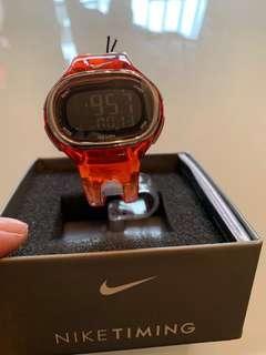 NIKE電子錶,全新,但已放在家一段時間,盒有啲舊