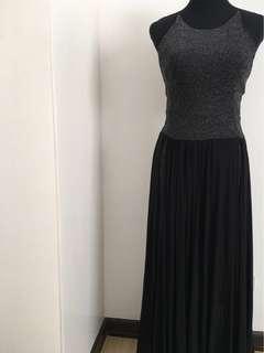 Metallic black long gown by Unarosa