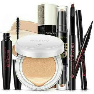 FREE POSTAGE! Bioaqua 5in1 Cosmetic Set