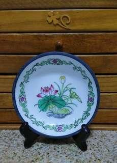 粉彩錫瓷碟 (香港裝飾)