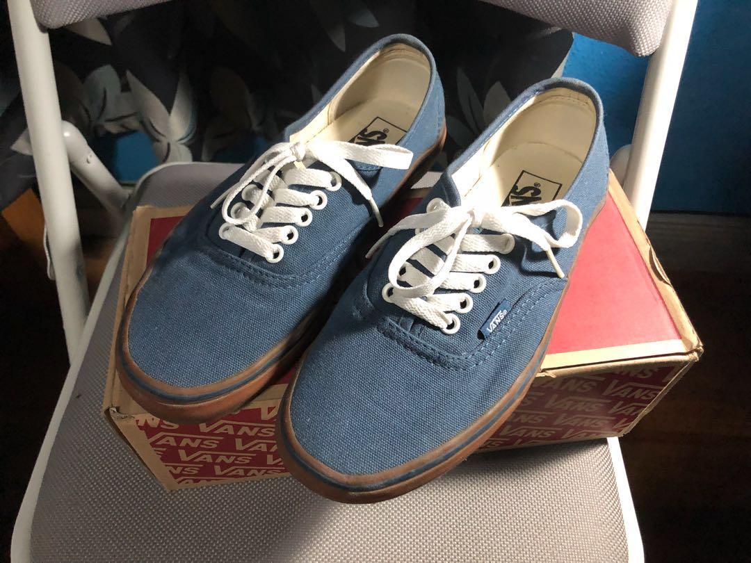 608847cec4f9 Canvas authentic navy blue gum sole