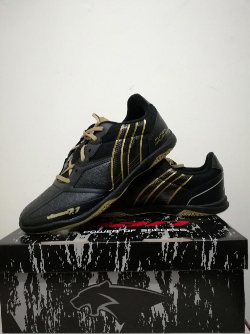 90a2fc022 Carousell의 Futsal Shoes - Pan Vigor 7.1 Malaysia Limited Edition ...